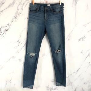 Sneak Peek     distressed hem skinny jeans sz 11